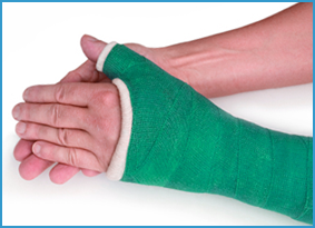 wrist fracture doctor macomb